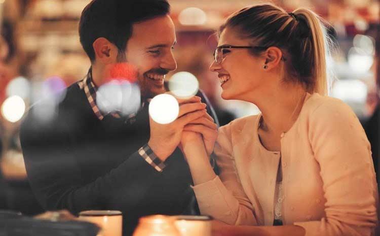 Cuộc hẹn dựa trên sở thích sẽ giúp mối quan hệ bạn bè phát triển tốt hơn là tìm bạn bốn phương có số điện thoại